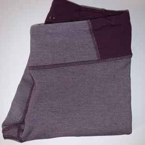 Purple Lucy Leggings size Small